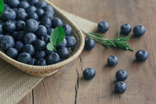 Ripe blueberries · free photo