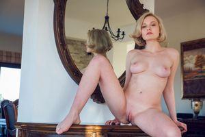Фото бесплатно голые, Кери, модель