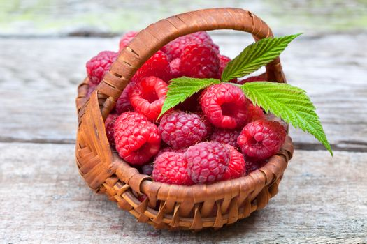 Photo free healthy breakfast, food, Ripe raspberries