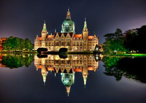 Бесплатные фото Германия,Ганновер,ратуша,озеро,вода,ночь,подсветка,купала