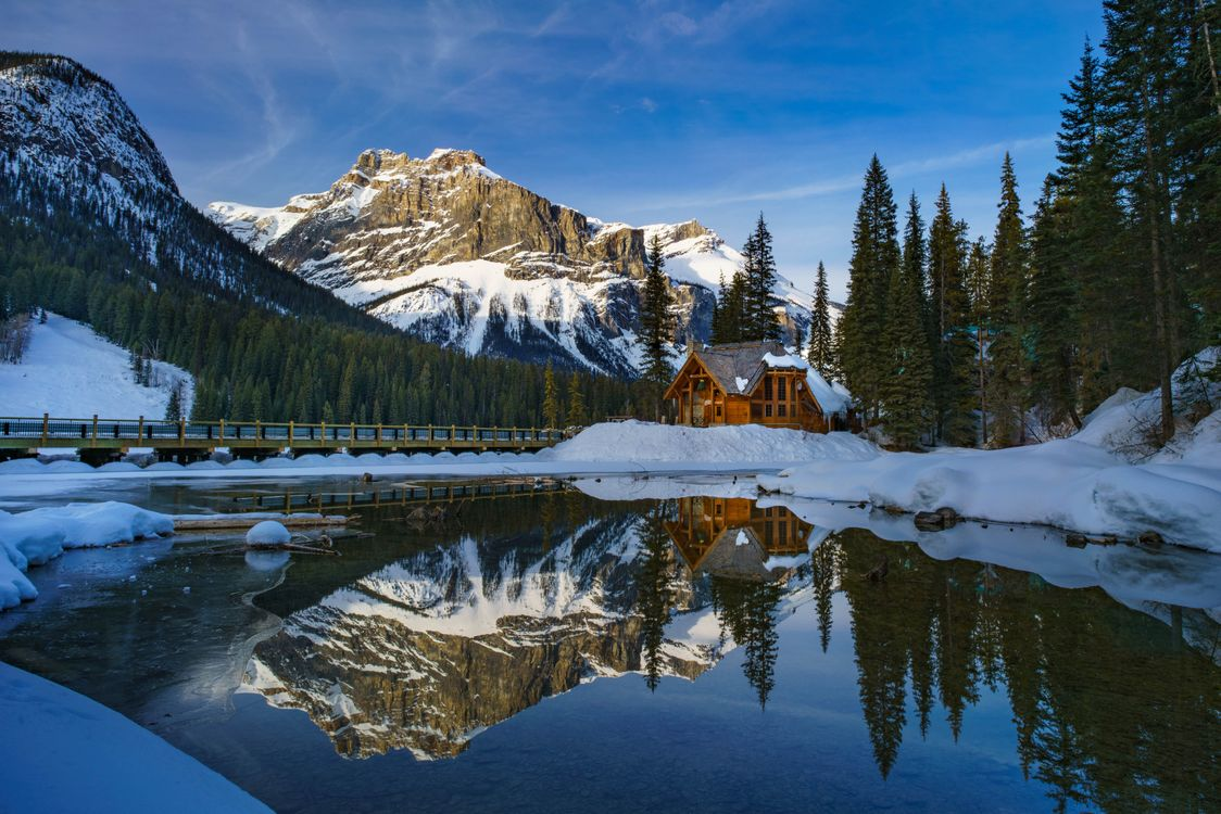 Photos for free Yoho National Park, Emerald lake, Yoho national Park - to the desktop