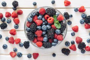 Бесплатные фото ягоды, много, клубника, малина