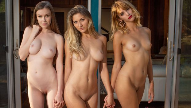 Photo free three girls, emily bloom, nude
