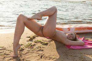 Photo free smile, big tits, ass