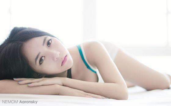 Photo free asian, women, lying down