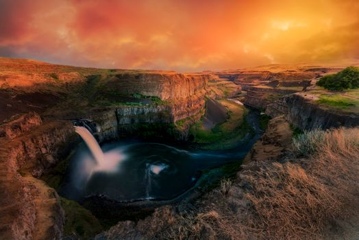 Фото бесплатно Palouse Falls, Washington state, закат