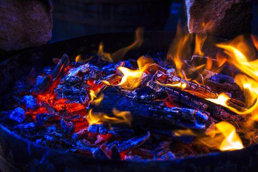 Фото бесплатно пламя, яркий, угли