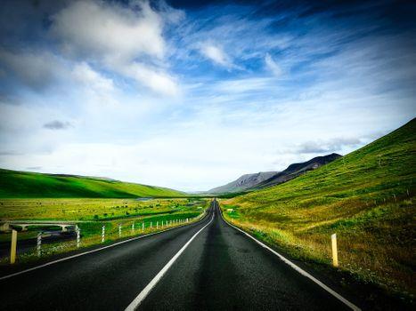 Бесплатные фото путь,исландия,дорога,пейзаж,небо,деревня,горы,облака,природа,рисунок,путешествия,гора