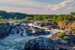 Фото бесплатно река, скалы, водопад