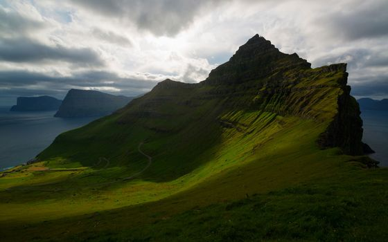 Фото бесплатно облака, зелень, горы