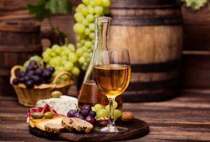 Бесплатные фото вино,бокал,сыр,нарезка