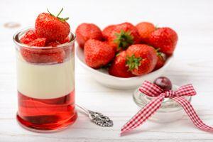Фото бесплатно десерт, ягоды, клубника