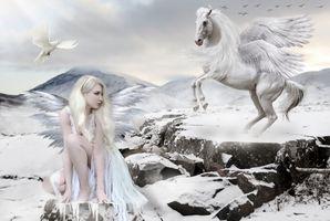 Бесплатные фото девушка,блондинка,крылатый конь,голубь,фантазия