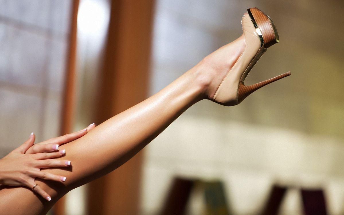 Фото бесплатно ноги, каблуки, высоко - на рабочий стол