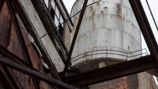 Photo free Watertower, Detroit, rust