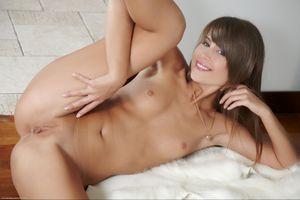 Бесплатные фото Coccinelle,Mia C,Mia D,Tina,красотка,голая,голая девушка
