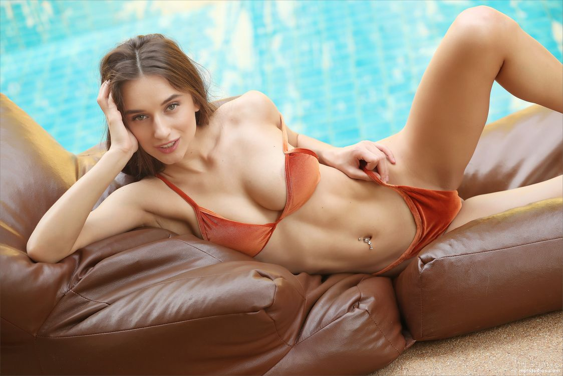 Фото бесплатно Gloria Sol, Gloria, Penelope Y, Sophia, Sofia, Sofie Q, красотка, голая, голая девушка, обнаженная девушка, позы, поза, сексуальная девушка, эротика, Nude, эротика