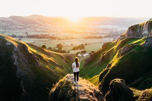 Бесплатные фото девушка,взгляд,женщина,гора,странник,стрельба,Британия
