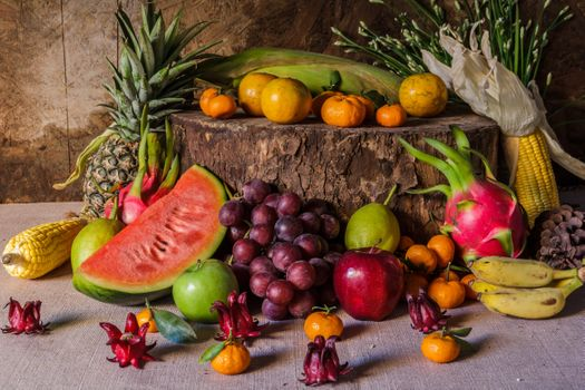 Photo free vegetables, pineapple, the gifts of autumn