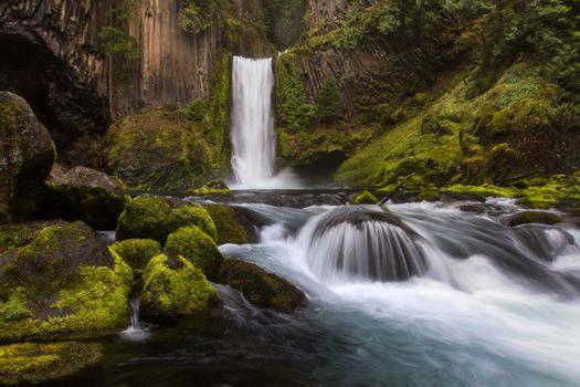 Водопад в Орегоне · бесплатное фото