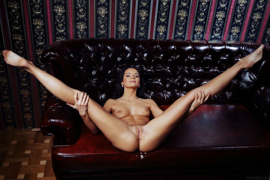 Фото бесплатно Ardelia A, Alina, Alina P, красотка, голая, голая девушка, обнаженная девушка, позы, поза, сексуальная девушка, эротика, Nude, Solo, Posing, Erotic, эротика
