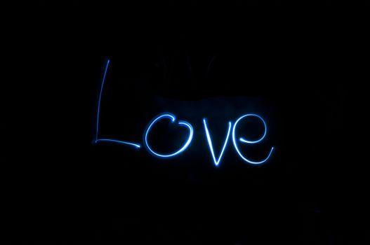 Фото бесплатно надпись, любовь, черный фон
