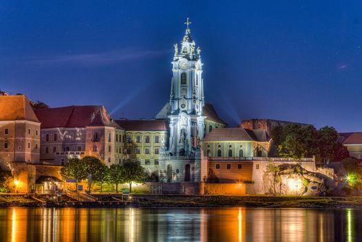 Бесплатные фото Дюрнштайн,часовня,Австрия город,ночь,иллюминация