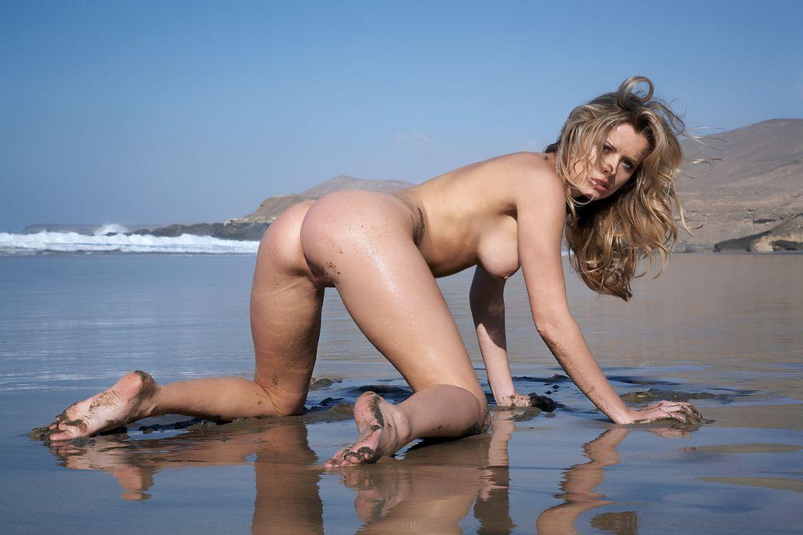Обои Nikky Case, красота, голые картинки на телефон