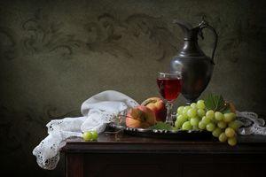 Бесплатные фото натюрморт,кувшин,бокал,вино,фрукты,еда
