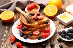 Фото бесплатно тосты, мёд, ягоды
