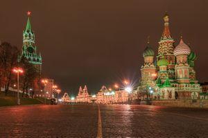Фото бесплатно Ночь на Красной площади с Кремлем и собором Василия Блаженного, ночные города, Москва