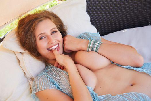 Бесплатные фото Стейси Круз,сиськи,соски,улыбка,маленькая Пиа,Тина