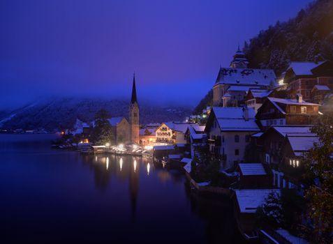 Фото бесплатно иллюминация, пейзаж, озеро Хальштеттерзее
