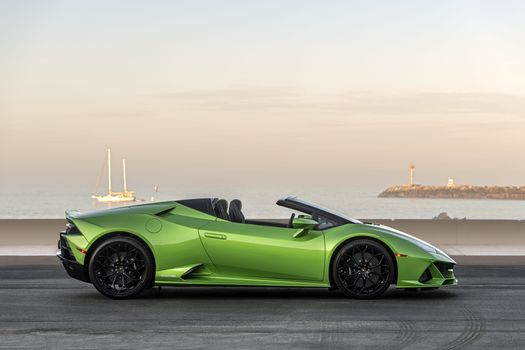 Photo free Lamborghini Huracan Evo Gt, 2020, acid green