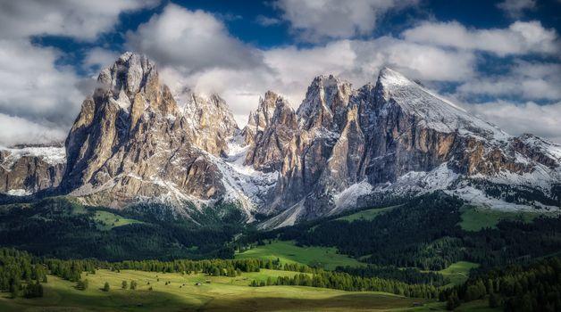 Бесплатные фото Seiser Alm,Dolomites,Italy,горы,холмы,поля деревья природа,пейзаж