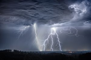 Заставки непогода, молния, шторм