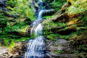 Photo free flow, rocks, stream