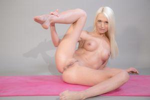 Бесплатные фото Lena Love,Lena,Lena G,Lina Love,Pam,красотка,голая