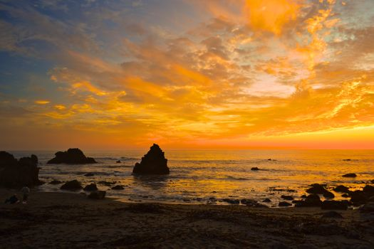 Оранжевое морское небо