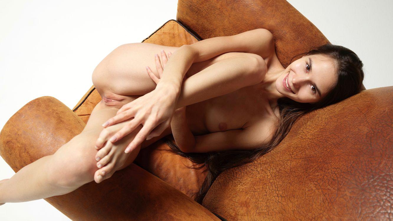 Фото бесплатно Leona мия, бритая киска, Leona а - на рабочий стол