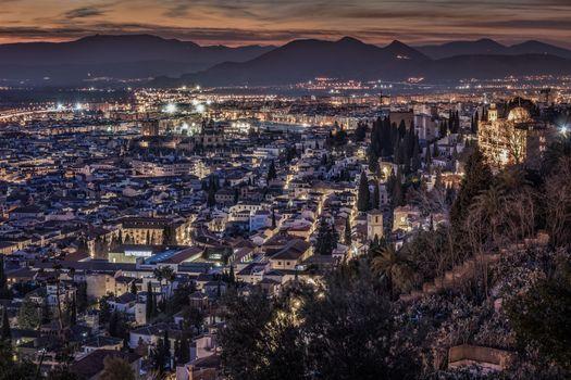Бесплатные фото Ночной городской пейзаж Granada,Гранада,Испания,Ночной городской пейзаж иллюминация