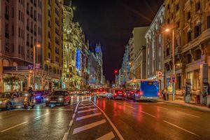 Бесплатные фото Gran Via,Madrid,Spain,город,ночь,огни,дорога