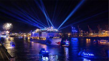 Бесплатные фото Гамбургские дни круиза,Гамбург,Германия,порт,корабль,иллюминация,ночь