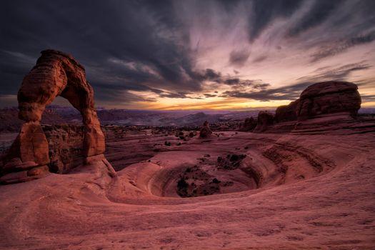 Фото бесплатно Изящная Арка, Delicate Arch, находится в национальном парке Арки