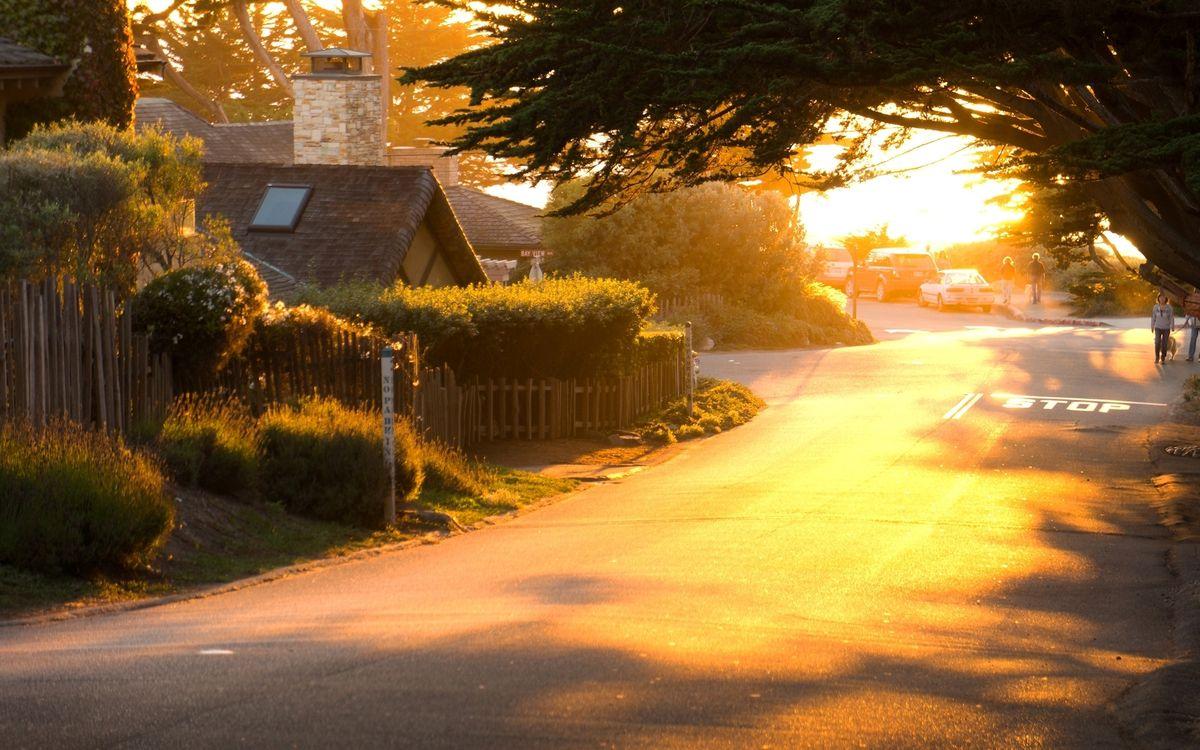 Фото бесплатно автомобиль, город, День, листва, зелень, дома, дом - на рабочий стол