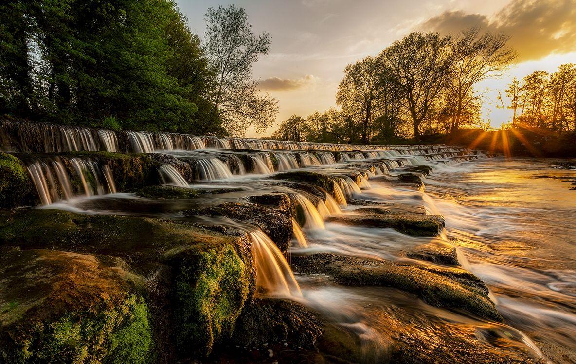 Фото бесплатно Burley in Wharfedale, Западный Йоркшир, Англия, Великобритания, закат, рассвет, водопад, река, скалы, каскад, течение, природа, деревья, солнечные лучи, пейзаж, пейзажи
