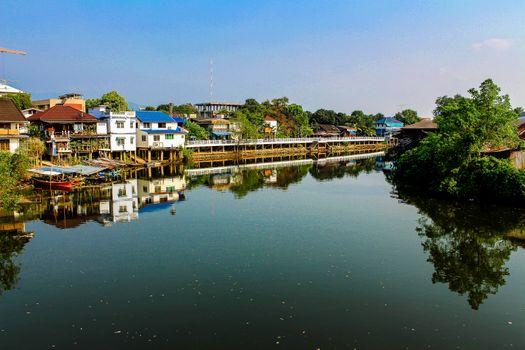 Заставки Таиланд,старый город,река,дом,воды,здание,азия,размышления,сельских,туризм,пейзаж,красивая