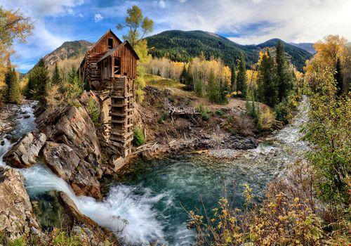 Фото бесплатно река, заброшенный дом, гора