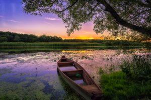 Бесплатные фото закат,река,лодка,небо,деревья,пейзаж