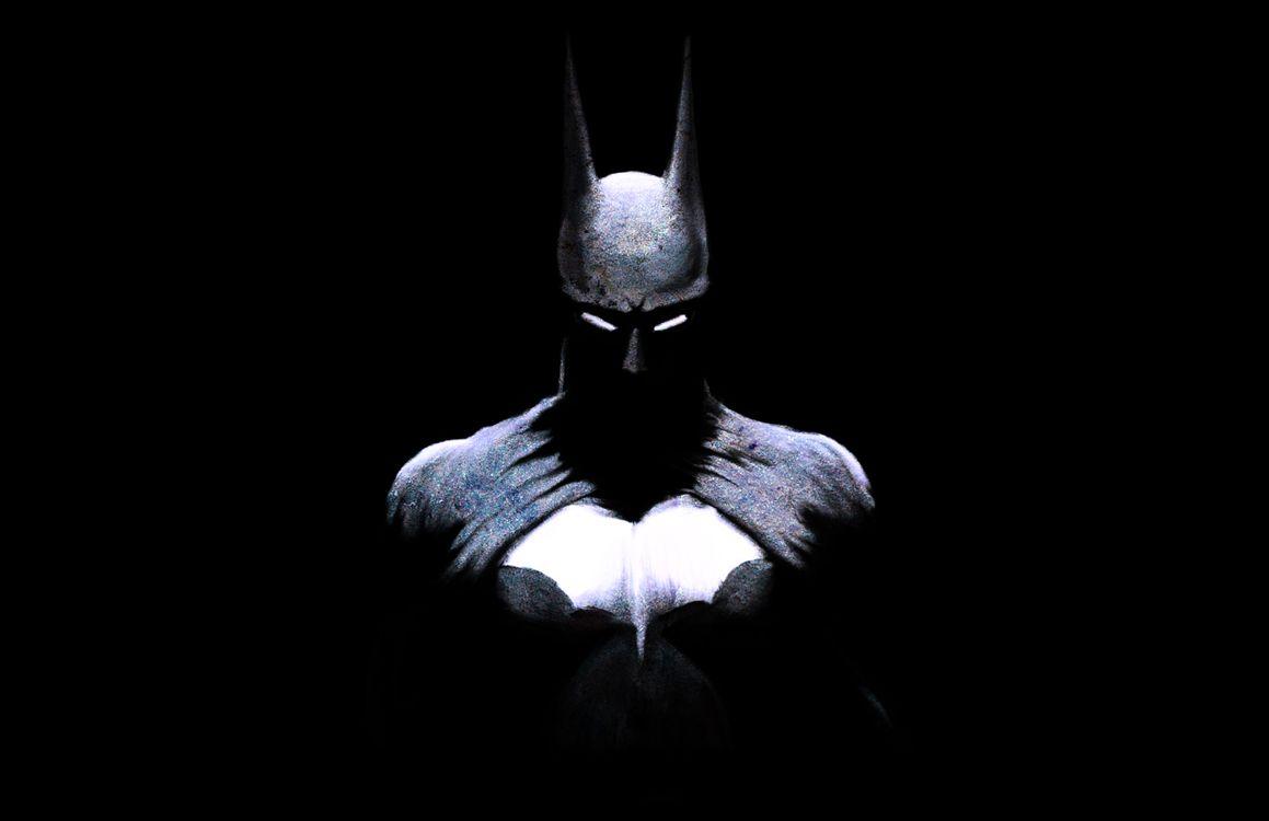 Бэтмен на черном фоне · бесплатное фото